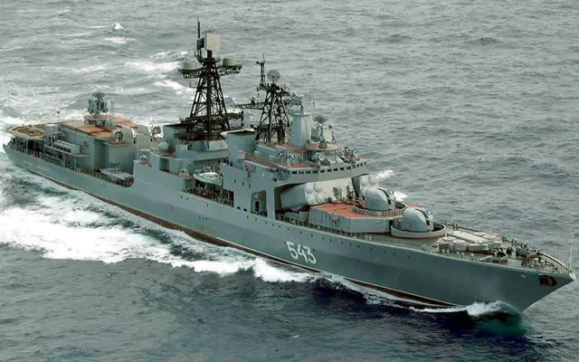 The Udaloy I class was developed by the Northern Design Bureau in the 1970ies. According to the original tactical and technical specifications the class was designed to adress deficiencies found in project 1135 frigates (notably the lack of helicopters and a weak sonar). Project 1155 were originaly very highly specialized anti-submarine vessel, not designed to serve as defense or anti-surface vessels. As a result, anti-aircraft and anti-ship armament of the first ships of the class was limited to self-defense.