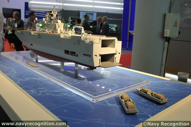 Models of the DCNS built LCMs for the Russian LHDs were shown during IMDS 2013