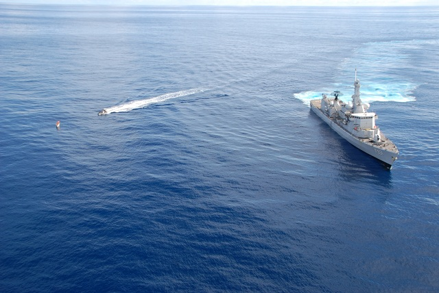 In the afternoon of 15 December 2012, the EU Naval Force (EU NAVFOR) Belgian frigate BNS Louise-Marie intercepted one skiff with five suspected pirates on board.