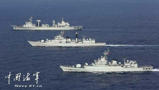 The 14th escort fleet of the Chinese Navy (PLAN) is carrying out combat training in adverse sea conditions in the Indian Ocean, to effectively test the emergency response capabilities of its commando members.