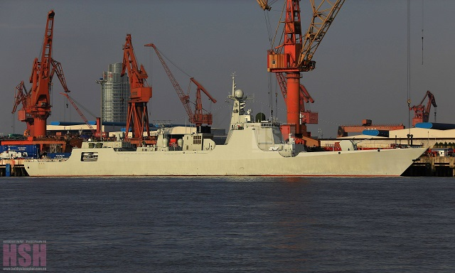 The second Type 052D Destroyer in final system outfitting at the Changxing Jiangnan shipyard in Shanghai. Picture taken in December 2014.