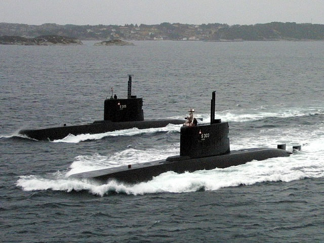 The IDAS Consortium, formed by thyssenkrupp Marine Systems and Diehl BGT Defence, has recently conducted the first ejection tr ials with their submarine launched missile systemIDAS (Interactive Defence and Attack System for Submarines) in Northern Norwegian waters. The ULA class submarine HNoMS Uredd of the Royal Norwegian Navy served as the firing platform. While the IDAS system was already successfully test-fired from submarines of the German Navy in the past, this marks the first ejection of the IDAS missile system from a Norwegian submarine..