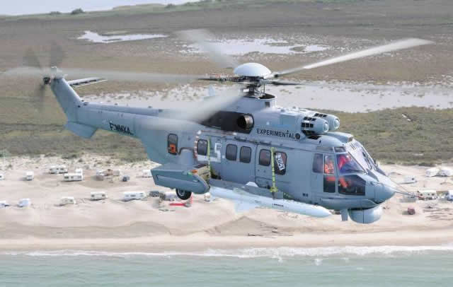A specialized team of Helibras and Airbus Helicopters experts tested a prototype of the EC725 carrying anti-ship missiles installed on either side of the aircraft. The Exocet AM39 missiles will equip eight of the 16 EC725 helicopters belonging to the Brazilian Navy, which are part of the contract for 50 EC725s signed with the Brazilian Ministry of Defense for the three Army corps.