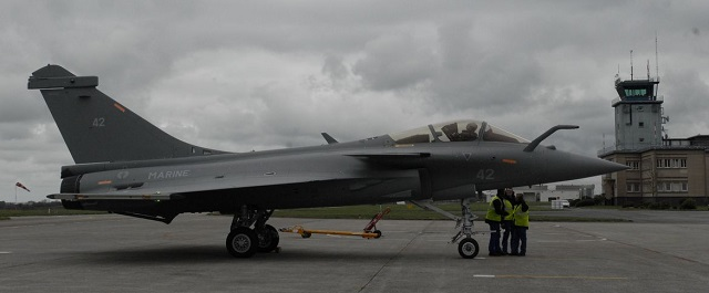 "On April 2 and July 9 respectively, two Rafale M in the latest ""F3"" standard (the M42 and the M43) were delivered by Dassault Aviation to the French Navy ""Base d'aéronautique navale"" (Naval Air Station) of Landivisiau in Brittanny. The M42 was assigned to Flottile (Fighter Squadron) 12F while the M43 will soon join Flottile 11F."