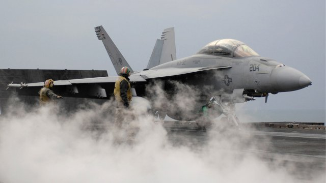 US Navy eyes more F A 18E F Super Hornets to deal with shortage of carrier borne fighters 640 001