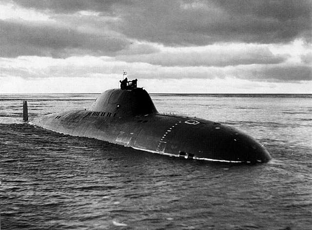 Russian military leaders are pondering the feasibility of nuclear-powered submarines with their crews sharply reduced owing to onboard systems automation, a source in defense industry told TASS on Friday. Ships like that - Project 705 and 705K Lira-class (NATO reporting name: Alfa-class) torpedo submarines - used to be built in the Soviet Union. Their high performance were owing to the numerous original solutions they embodied. Their automated nuclear reactor and armament control systems both allowed a crew reduction and yielded a wealth of experience in shipborne electronics development.