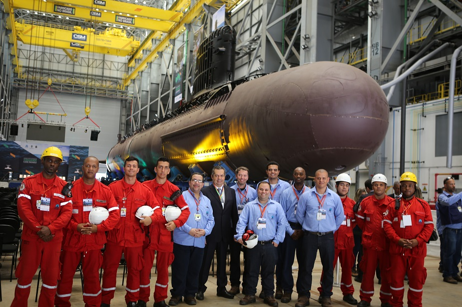 First Brazilian Navy Scorpene Submarine Sections Transfered to Assembly Hall