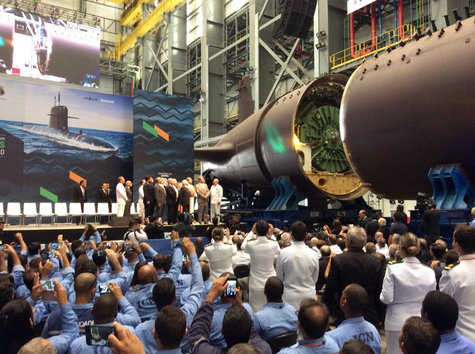 First Brazilian Navy Scorpene Submarine Sections Transfered to Assembly Hall 2