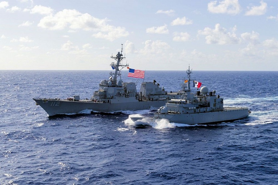US destroyer sails near South China Sea island