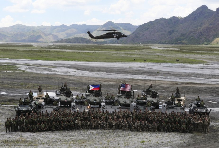US and Philippine Marines jointly took part in the Balikatan 2019 exercises