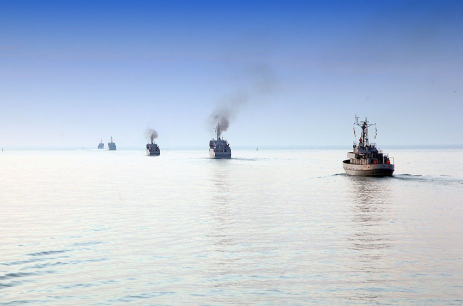 Azerbaijani Naval Forces conducts tactical exercises in Caspian Sea 925 002