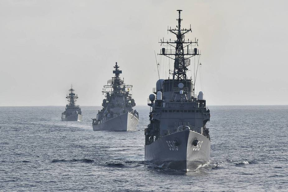 India and Japan navies conduct sea training exercise at the Indian Ocean 925 001