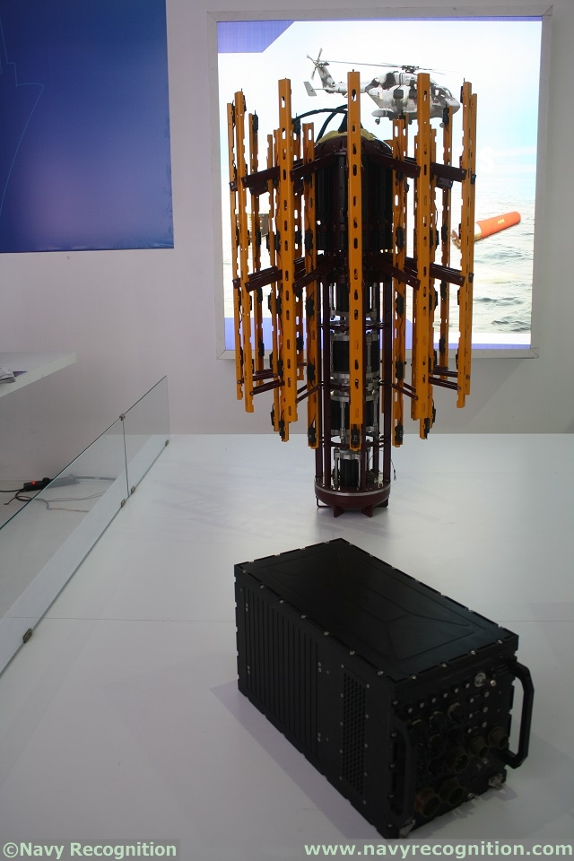 At DEFEXPO 2014, the Indian Defence Research & Development Organisation (DRDO) presents its Low Frequency Dunking Sonar (LFDS) developped for the Indian Navy's ASW helicopters.