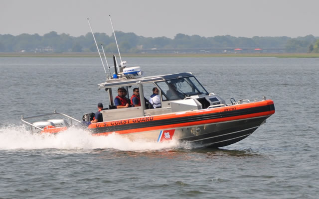Following their success with a contract from the US Coast Guards for 470 Response Boat – Small (RB-S) vessels, Metal Shark Aluminum Boats is now showcasing this model as well as their full range of patrol boats to Qatari and Gulf countries Coast Guards.