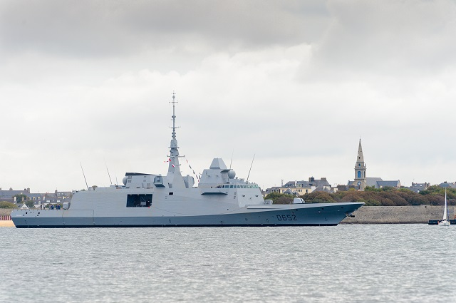 The FREMM Provence, intended for the French Navy, just completed its first sea outing on October 1st. This event marks the start of the vessel's sea trials, which will be conducted off the Brittany coast over the next few weeks.