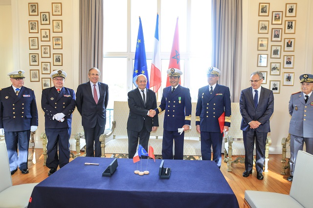 The handover ceremony was held in Brest in the presence of His Excellency Prince Moulay Rachid El Alaoui, brother of the King of Morocco, Jean-Yves Le Drian, the French Minister of Defence and Patrick Boissier, Chairman & CEO of DCNS.