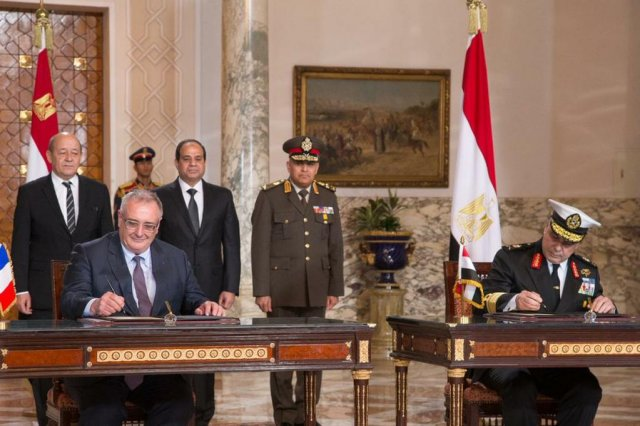 On Monday 16 February, DCNS signed a contract with the Ministry of Defence of the Arab Republic of Egypt for the supply of a FREMM multi-mission frigate. This agreement strengthens the strategic relations initiated by DCNS last July with the signing of a contract to supply four Gowind® 2500 corvettes. Egypt becomes the second export customer of the FREMM after Morocco.