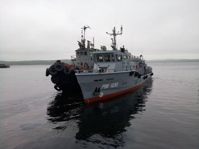 The Nizhegorodsky Teplokhod Shipyard has delivered two Project 23040 inshore diving boats, the RVK-1229 and RVK-1230, to Russia's Defense Ministry, the shipyard's press office said.