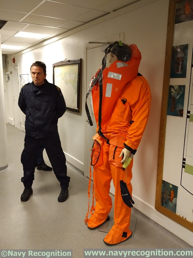 Swedish Navy 1st Submarine Flotilla Recuse Escape training URF 004