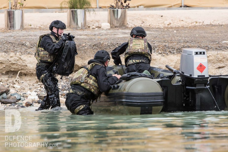 NAVDEX 2019 Survitec demonstrated its rescue materials 925 001